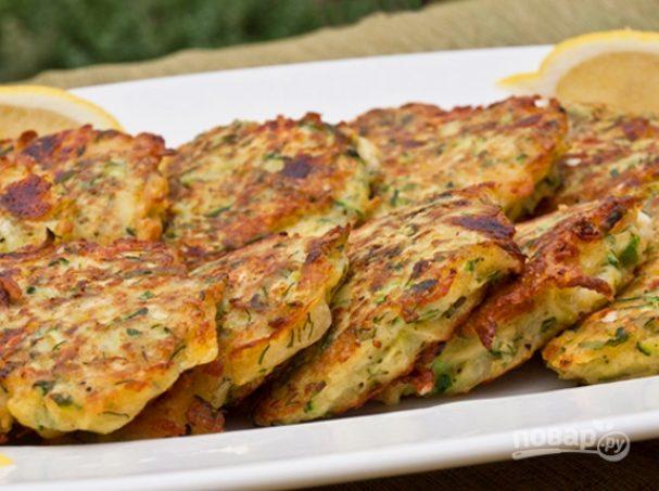 Драники с сыром и зеленым луком