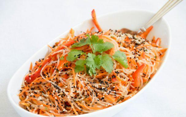 Корейский салат с фунчозой