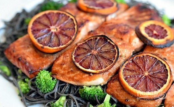 Семга в глазури из красного апельсина