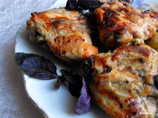 Курица в кефирном соусе