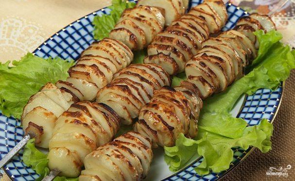 Картошка с салом на костре