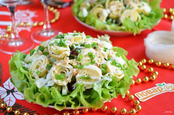 Праздничный стол салат