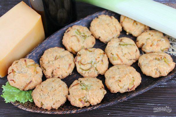 Печенье с луком