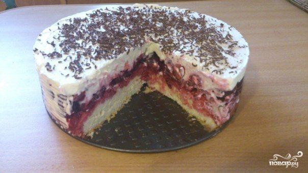 Пирог с маскарпоне и вишней