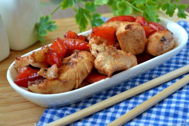 Курица в кисло-сладком соусе по-китайски