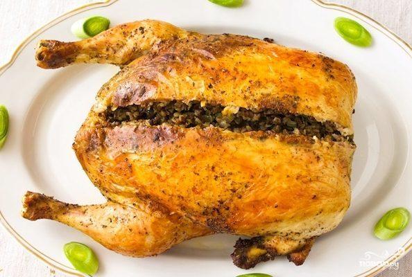 Фаршированная курица грибами и гречкой - рецепт с фото на