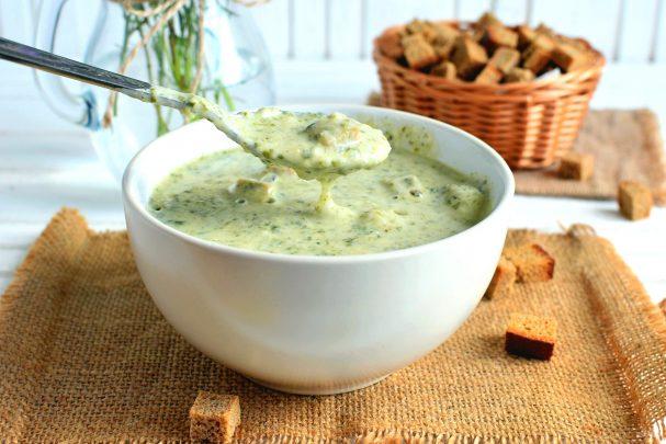 Суп-крем с рисом, шпинатом и брокколи
