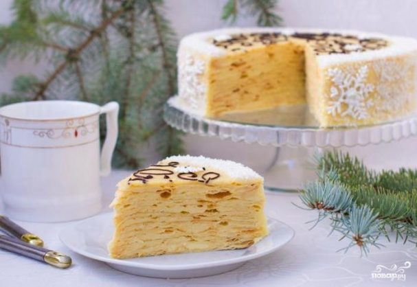Слоеный торт с заварным кремом
