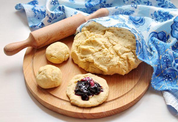 Тесто из кукурузной муки для пирожков
