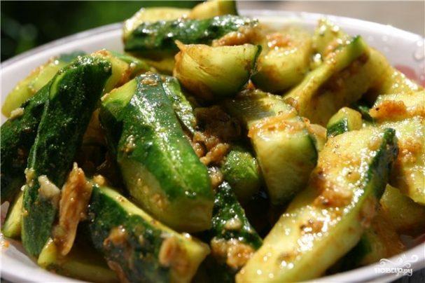 Салат по-корейски из огурцов