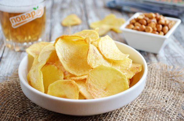 Хрустящие картофельные чипсы
