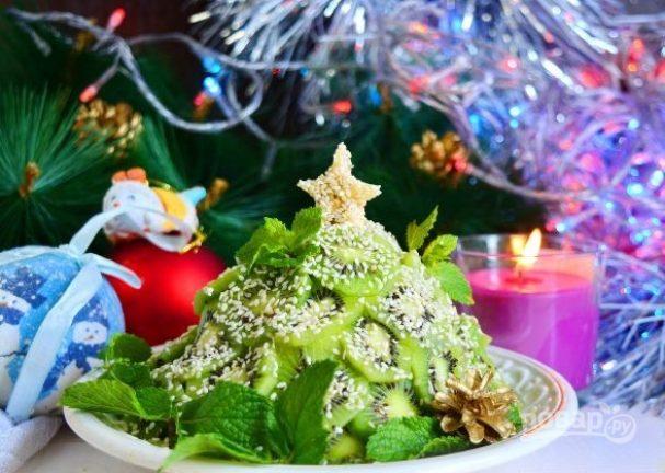 """Фруктовый салат """"Новогодняя ёлка"""""""