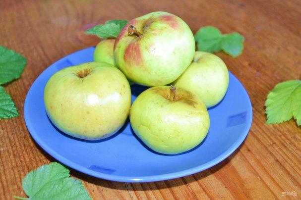 мочёные яблоки с малиной