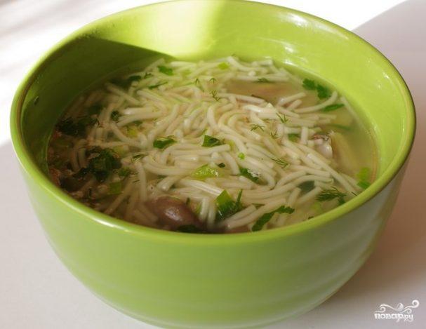 Вегетарианский суп с вермишелью