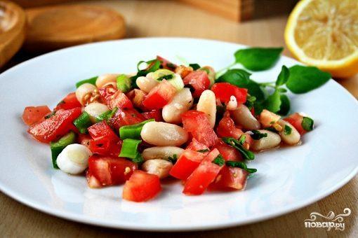 Салат с белой фасолью