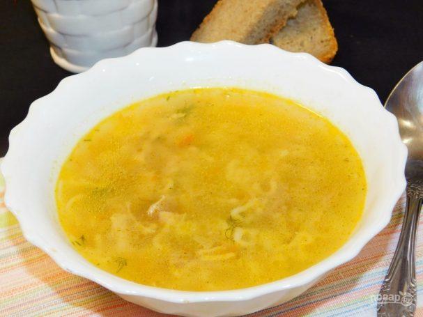 Куриный суп с вермишелью и кабачками