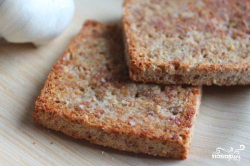 Жареный хлеб с чесноком