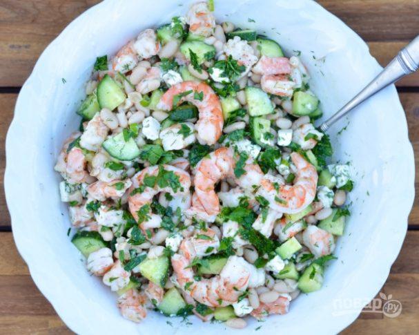 Простой рецепт салата с креветками