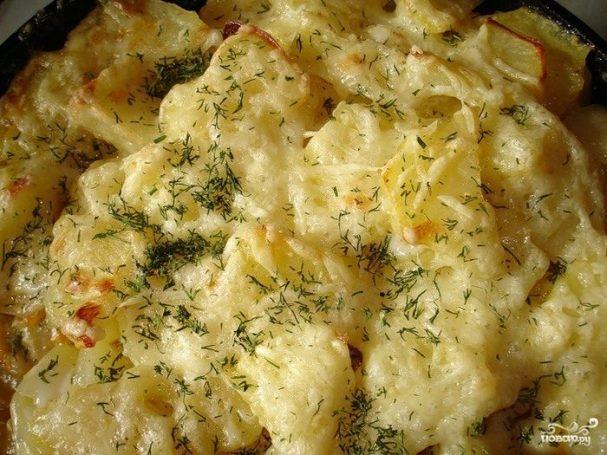 Картофель сметане в микроволновке