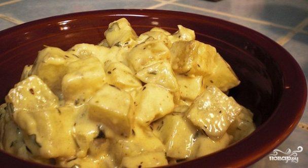 Картошка в духовке под соусом