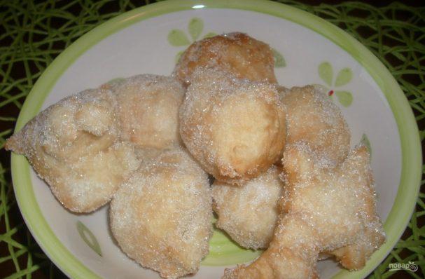 Пончики в сахаре