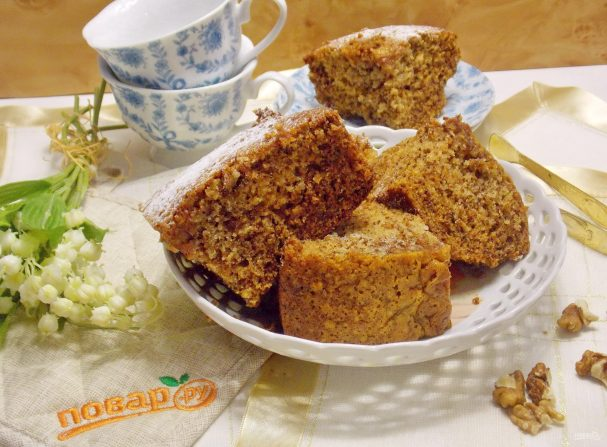 Медово-ореховый пирог на кефире