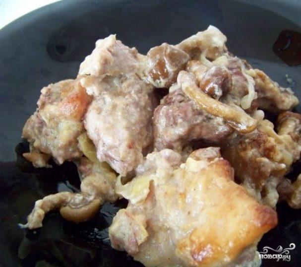 Свинина со сметаной и сыром