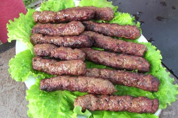 Чевапчичи (колбаски гриль)