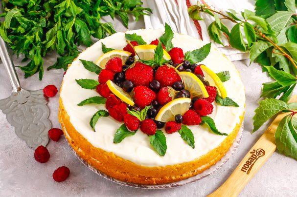 Лимонно-ягодный торт
