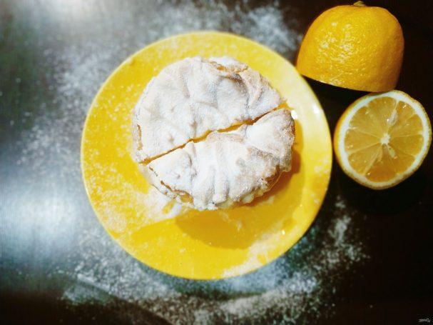 Лимонный  тарт с меренгой