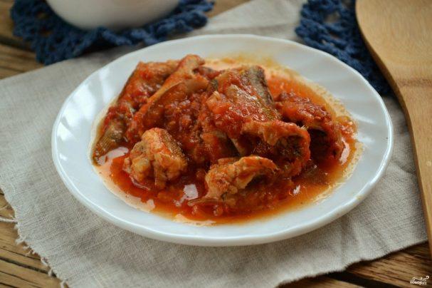 Бычки в томатном соусе