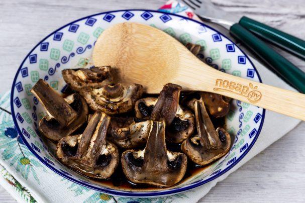 Грибы в соевом соусе в духовке