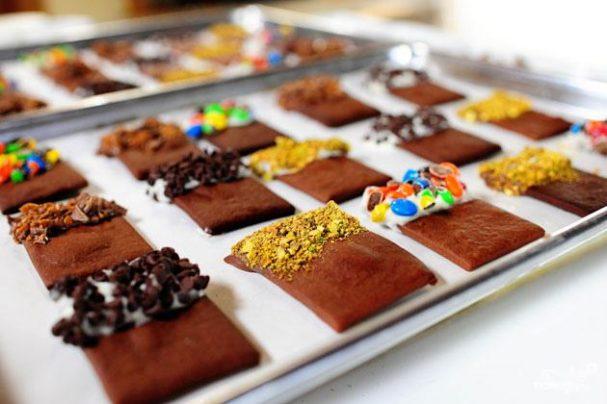 Шоколадное печенье с начинками на выбор