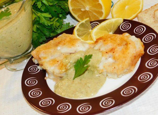 Жареная рыба с щавелевым соусом