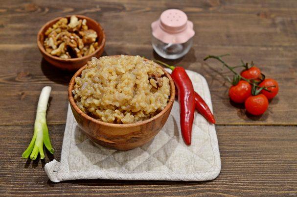 Рис с орехами