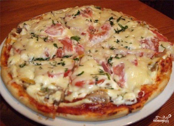 Пицца с колбасой в мультиварке