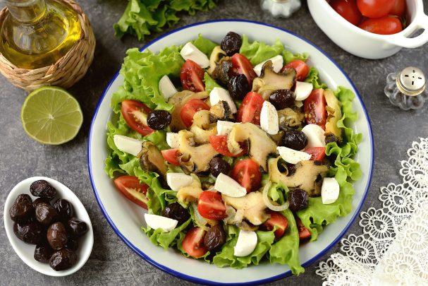 Салат с рапанами