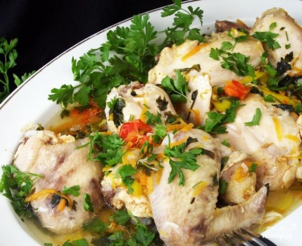 Курица с овощами в мультиварке редмонд