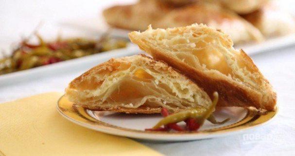 Слоеные хачапури с сыром