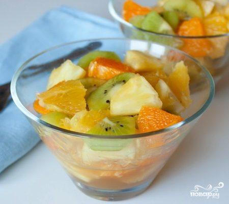 Фруктовый салат с апельсинами
