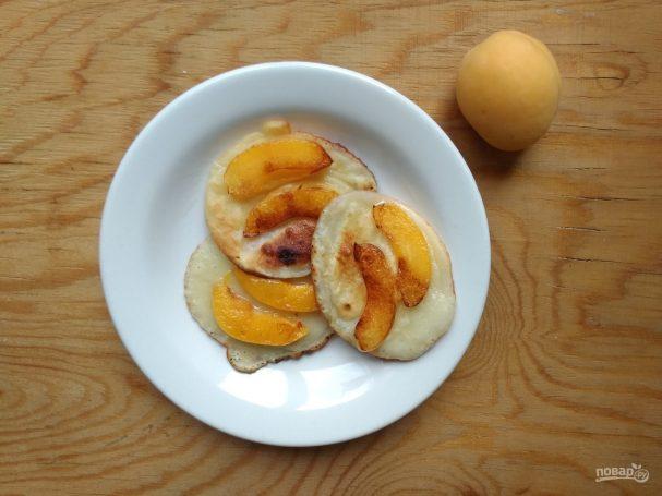 Оладьи с абрикосом