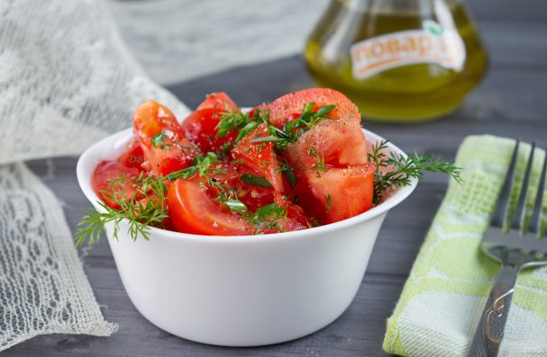 Томатный салат
