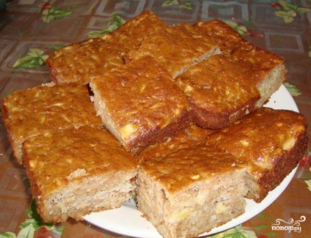 пирог из яблок в духовке на скорую