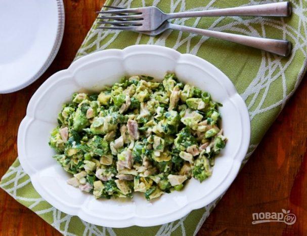 Салат с куринным филе