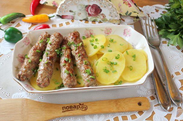 Чевапчичи с картошкой в духовке