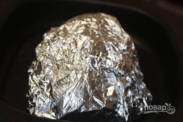 7. В таком виде отправляем грудку в разогретую до 180 градусов духовку на 40 минут. Точно так же можно сделать и в рукаве.