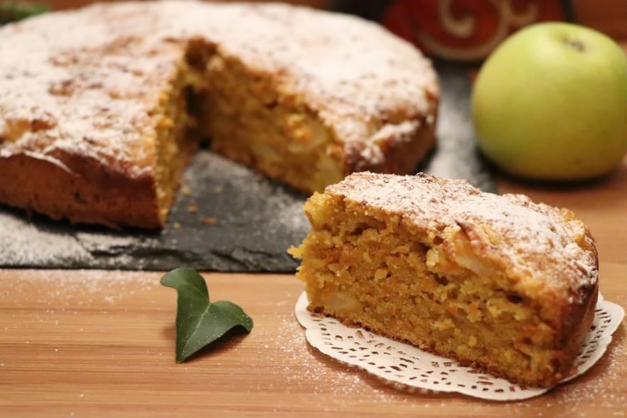 Морковный пирог с яблоками