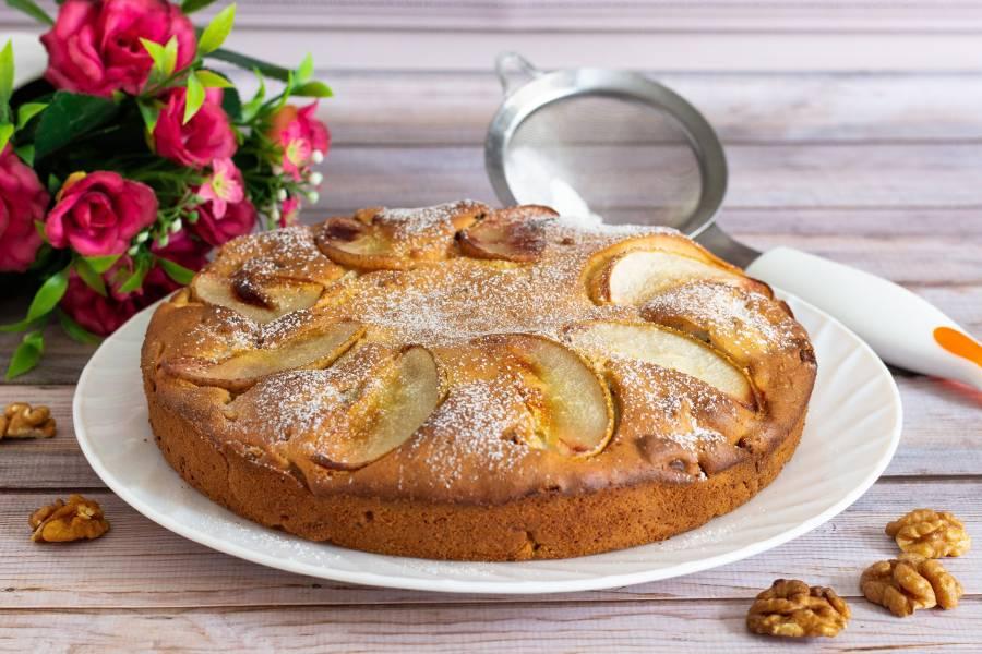 Пирог грушевый с грецким орехом
