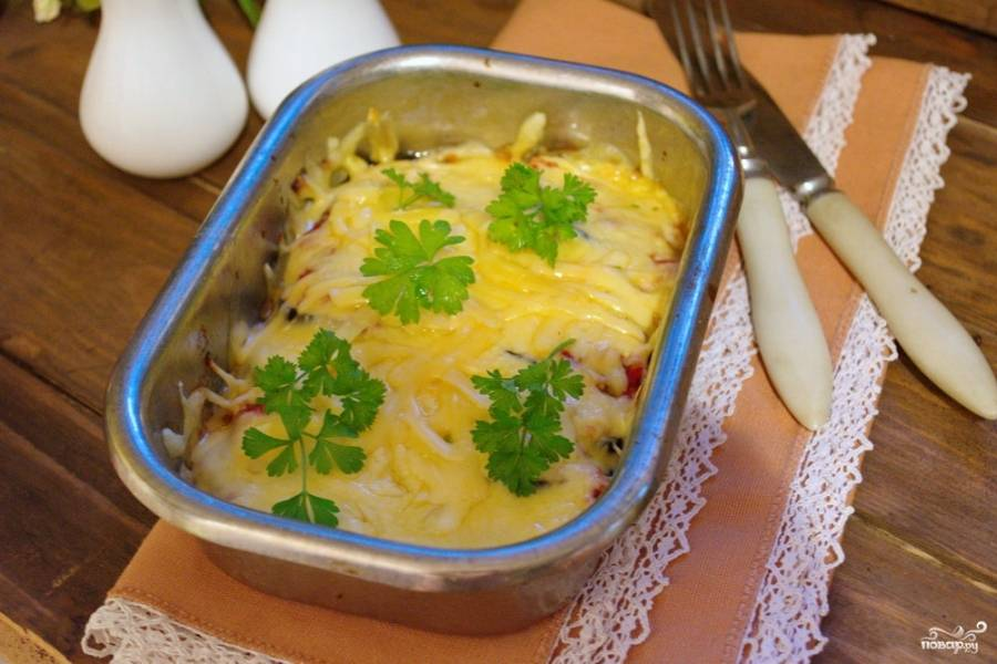 5. Разогрейте хорошо духовку до 180-20 градусов. Запекайте баклажаны в духовке около 15 минут. Подайте к столу.