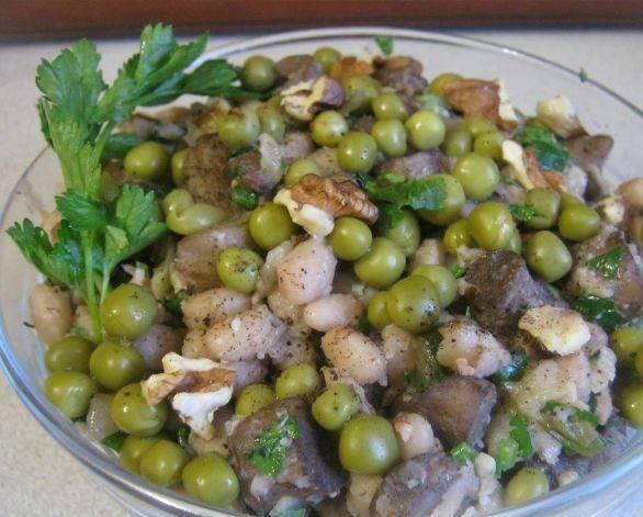 4. Салат готов! Приятного аппетита!